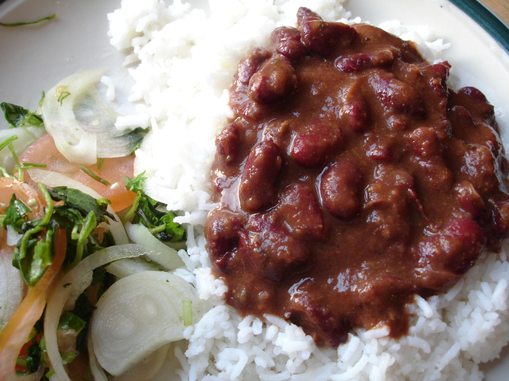 Complete vegan protein - beans and rice By rovingI - Beans DinnerUploaded by Ekabhishek, CC BY 2.0